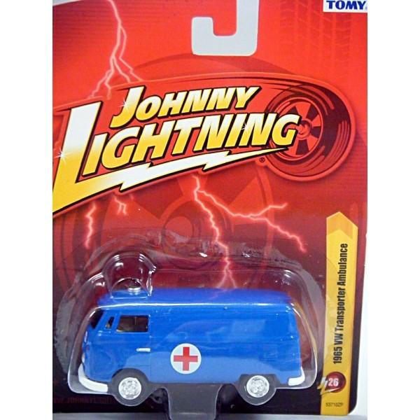 Johnny Lightning Forever 64 - 1965 Volkswagen Type 2 Ambulance