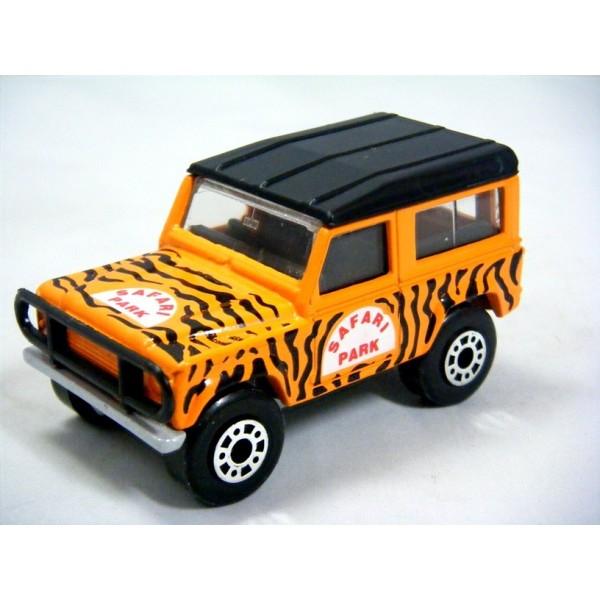 Matchbox Land Rover Defender 90 Safari Global Diecast Direct