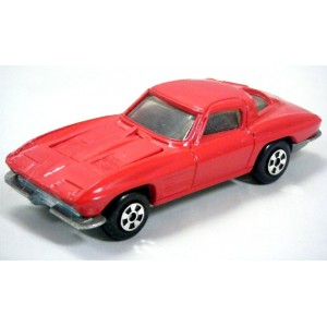 Ertl - 1963 Chevrolet Corvette Stingray Split Window Coupe