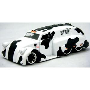 Jada 1939 Dodge Airflow Milk Truck