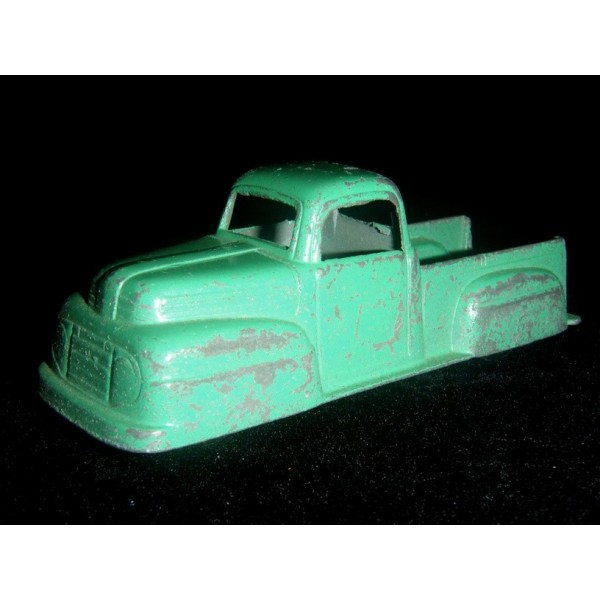 TootsieToy 1949 Ford F-1 Pickup Truck - Type 2 - Global ...