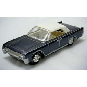 Johnny Lightning 1958 Ford Thunderbird