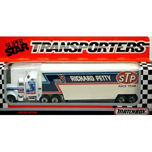 Matchbox Superstars - NASCAR - Richard Petty Kenworth Team Transporter