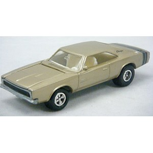 Johnny Lightning Mucle Cars USA - 1968 Dodge Charger