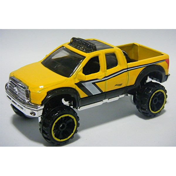 hot wheels toyota tundra pickup truck global diecast. Black Bedroom Furniture Sets. Home Design Ideas
