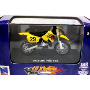 New Ray - Suzuki RM125 Motorcycle