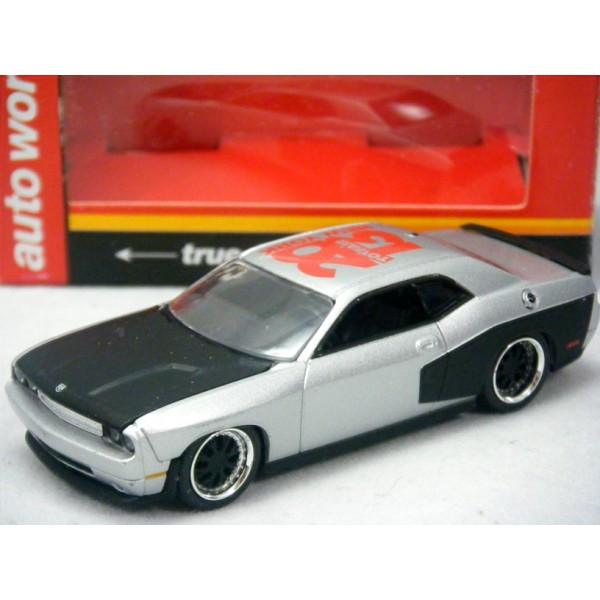 Dodge Challenger Wide
