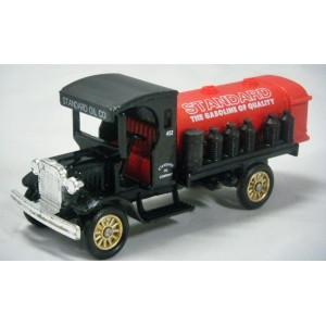 LLedo - 1927 Red Crown Standar Oil Delivery Truck