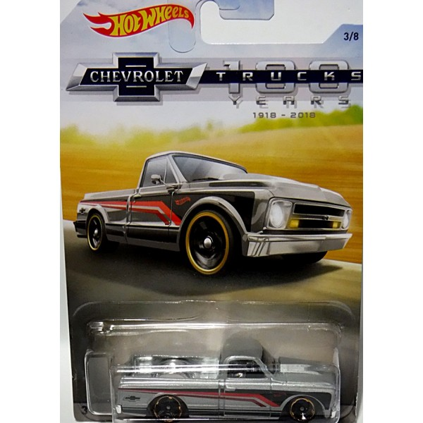 2018 Matchbox Chevrolet Trucks 100 Years Chevy K1500