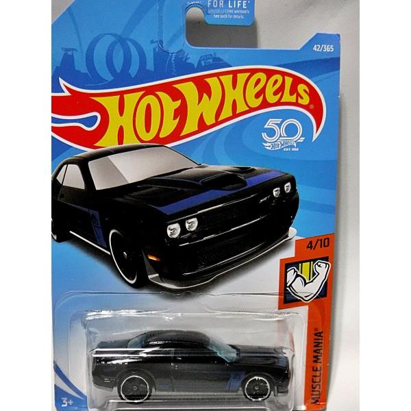 Hot Wheels - Dodge Challenger SRT8 - Global Diecast Direct