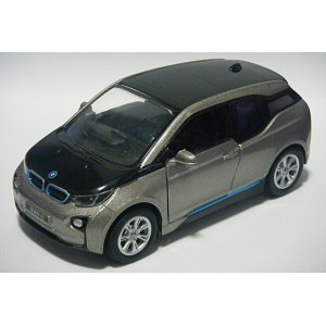 KiNSMART - BMW i3 Electric Car