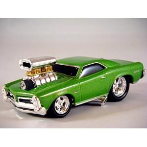 Muscle Machines 1966 Pontiac GTO