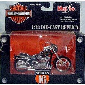 Maisto Harley Davidson Series 16 - 2001 FXDWG3 CVO Custom