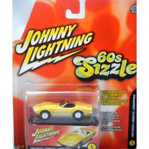 Johnny Lightning 60s Sizzle 1968 Chevrolet Corvette Convertible