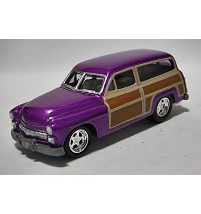 Johnny Lightning - 1950 Mercury Woody Station Wagon
