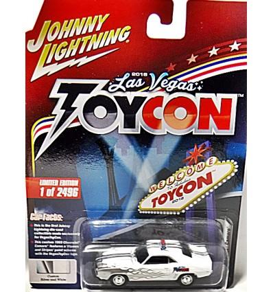 Johnny Lightning 2018 Las Vegas ToyCon Promo - 1969 Chevrolet Camaro