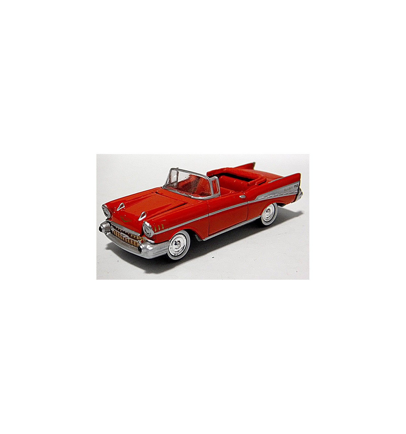 Johnny Lightning 1957 Chevrolet Bel Air Convertible Global Diecast 1978
