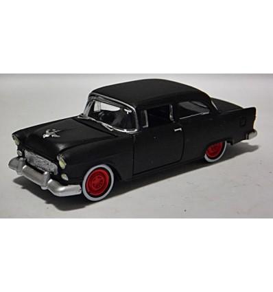Johnny Lightning - 1955 Chevrolet Bel Air 2 Door Post