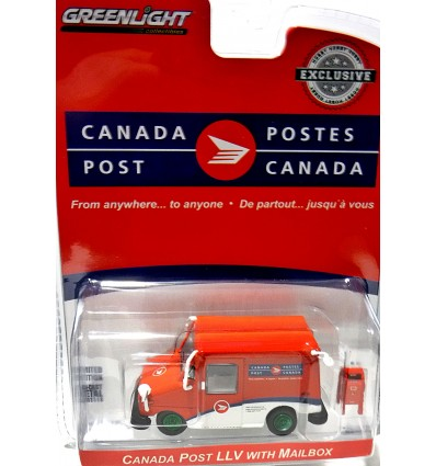 Greenlight Hobby Exclusives - Green Machine - Canada Post LLV Delivery Van with Mailbox