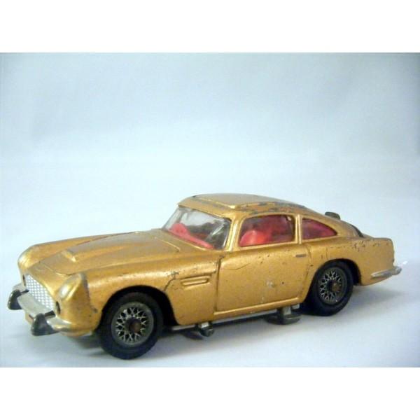 Corgi 261 A 1 James Bond Aston Martin Db5 Global Diecast Direct