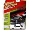 Johnny Lightning Classic Gold 1987 Chevrolet Monte Carlo SS Aerocoupe