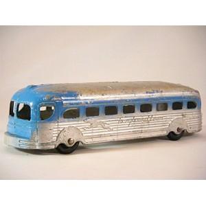 Tootsietoy No 3571 - GMC Greyhound Bus (1948)