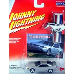 Johnny Lightning Mustang – 2001 Ford Mustang Cobra