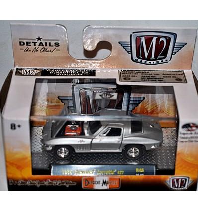 M2 Machines Detroit Muscle - 1966 Chevrolet Corvette Stingray 427