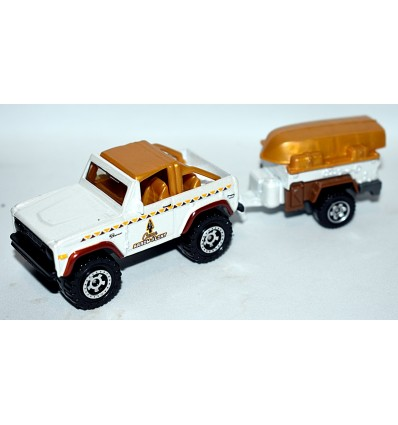 Matchbox Ford Bronco 4x4 & Camping Trailer set