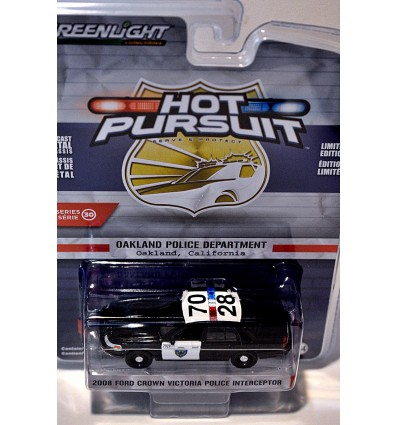 Greenlight - Hot Pursuit - Oakland Police Department Ford Crown Vic Police Interceptor