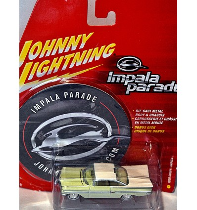 Johnny Lightning - Impala Parade - 1959 Chevrolet Impala Sport Coupe