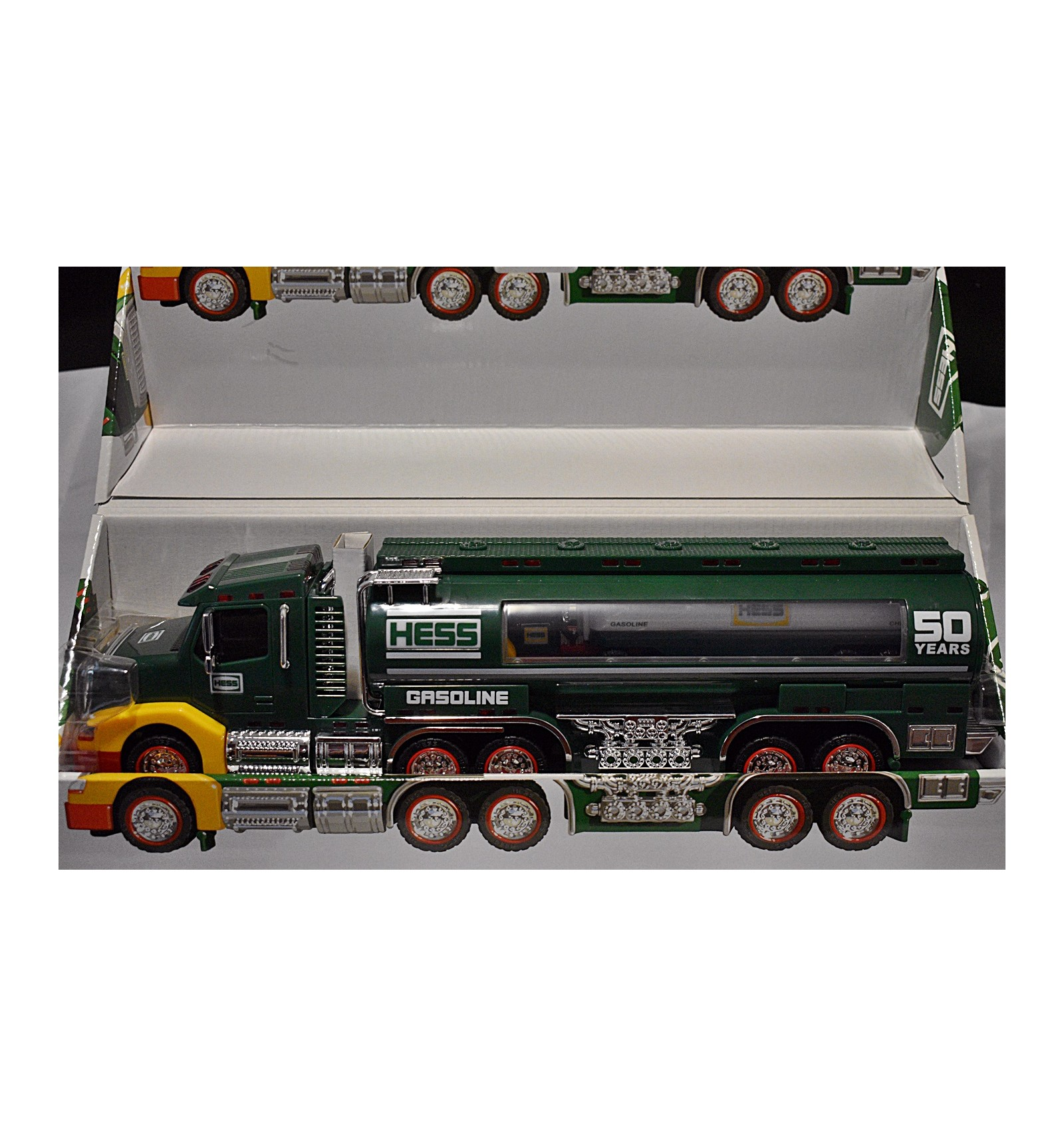 NEW IN BOX  2002 HESS MINI TRUCK VOYAGER