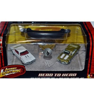 Johnny Lightning - Head To Head - 1968 vs 1971 Oldsmobile Cutlass 442 Set