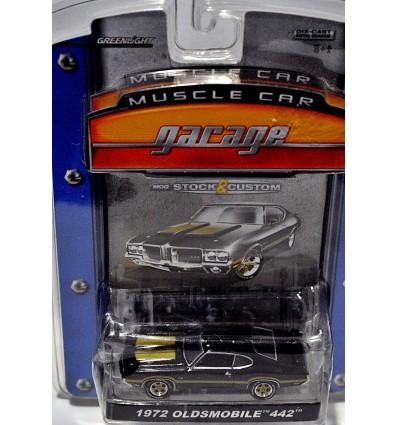 Greenlight Muscle Car Garage - 1972 Oldsmobile 442