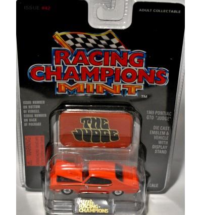 Racing Champions Mint Series - 1969 Pontiac GTO Judge
