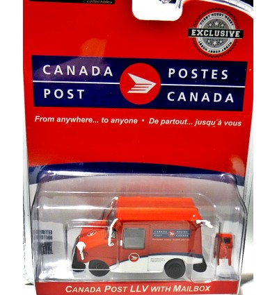 Greenlight Hobby Exclusives - Canada Post LLV Delivery Van with Mailbox