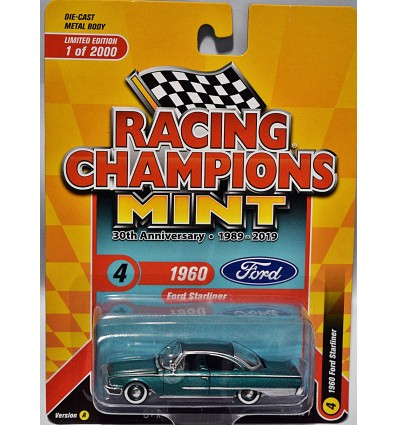 Racing Champions Mint Series - Limited Edition - 1960 Ford Starliner