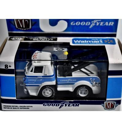 M2 - Goodyear - 1966 Dodge L600 Tow Truck
