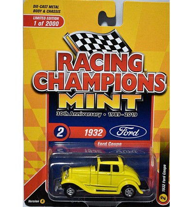 Racing Champions Mint Series - Limited Edition 30th Anniversary - 1932 Ford 5 Window Deuce Coupe
