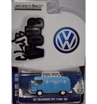 Greenlight - Club V-Dub - 1971 Volkswagen Technical Support Van