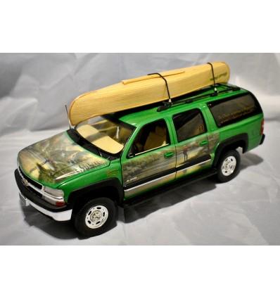 """ERTL - Chevrolet Suburban 2500 - Thomas Kincaid """"almost Heaven"""" Fishing SUV"""