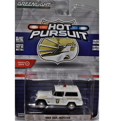 Greenlight - Hot Pursuit - Toledo OH Police 1969 Jeep Jeepster Traffic Control