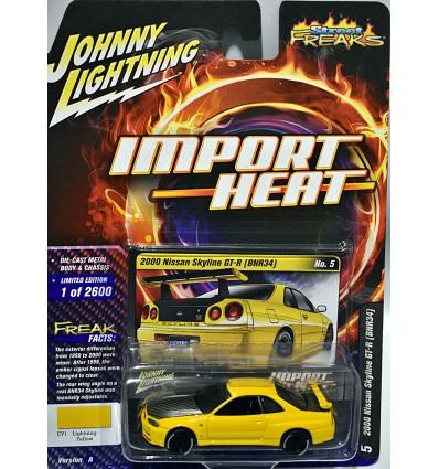 Johnny Lightning Import Heat - Nissan Skyline GT-R (BRN34)
