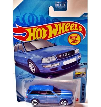 Hot Wheels 1994 Audi Avant RS2 Station Wagon