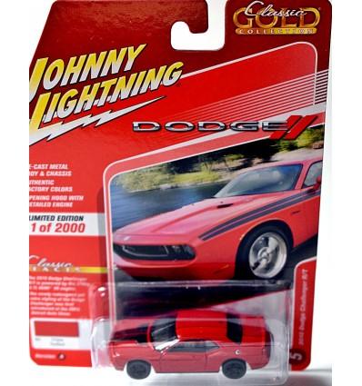 Johnny Lightning Classic Gold - Dodge Challenger R/T