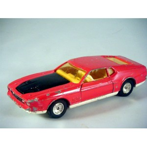 Corgi (391A-1) Rare James Bond Ford Mustang Mach 1