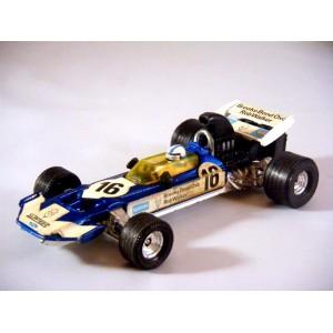 Corgi (150) Rob Walker Brooke Box Oxo Surtees TS 9 F1 Race Car