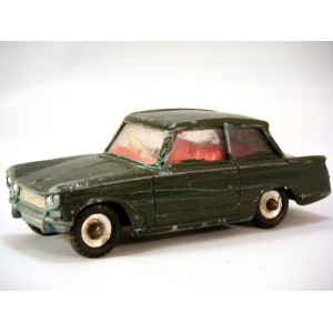 Global Diecast Direct Junkyard - Dinky (134) Triumph Vitesse