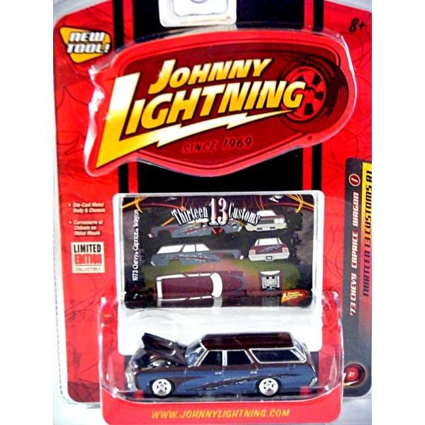 Johnny Lightning 13 Customs 1973 Chevrolet Caprice Station Wagon