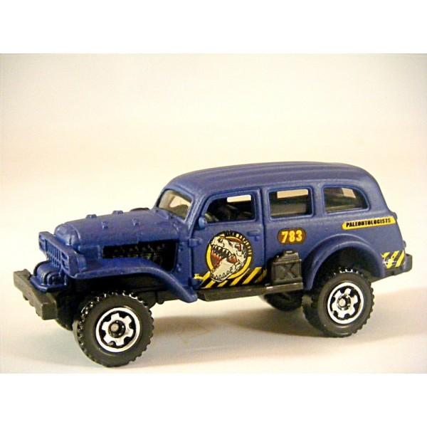 Matchbox Jungle Crawler Dinosaur Hunter 4x4 Station Wagon